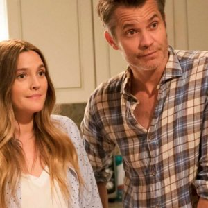 [VIDEO] Santa Clarita Diet, la serie que trae de regreso a Drew Barrymore
