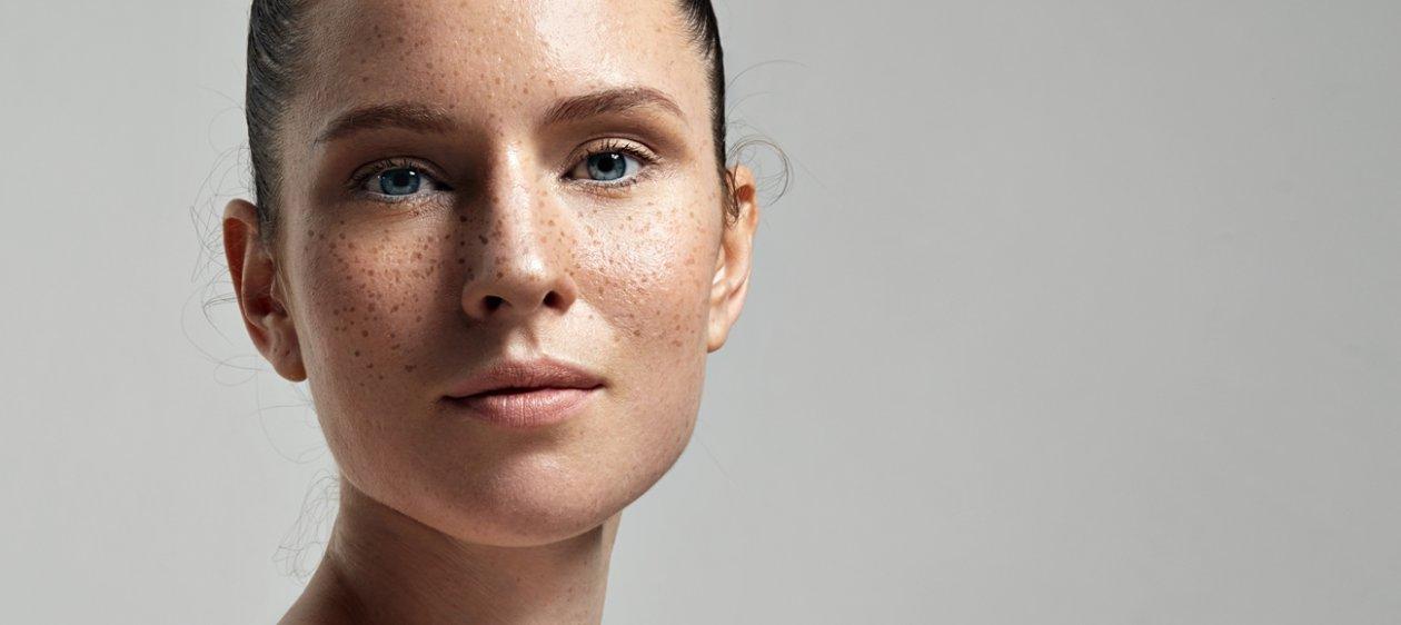 El aceite de ricino para la persona de la pigmentación