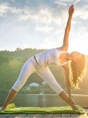 Con estas posturas de yoga tu orgasmo será más intenso 53078b01bd99