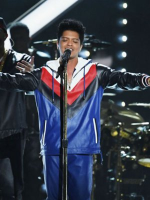 La adaptación de 'Just the way you are' de Bruno Mars era de un chileno